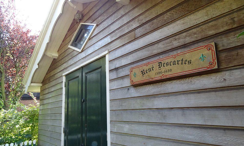 Casa de madera señalada como de René Descartes, Egmond aan Hoef